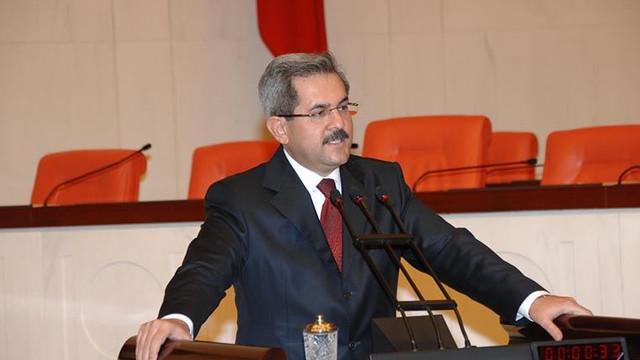 AK Partili eski vekil Ankara Üniversitesi rektörü oldu