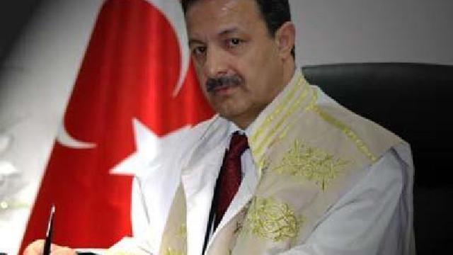 Siirt Üniversitesi Rektörü Murat Erman istifa etti