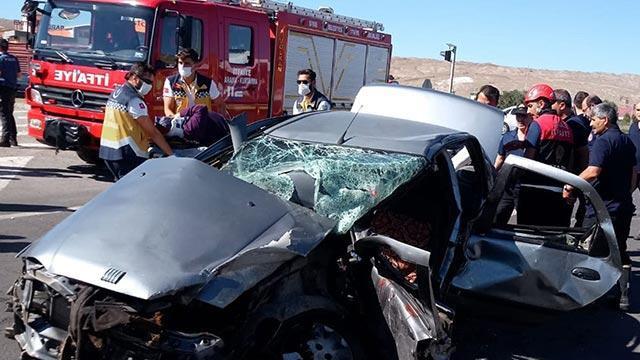 Sivas'ta feci kaza: 6 kişi yaralandı
