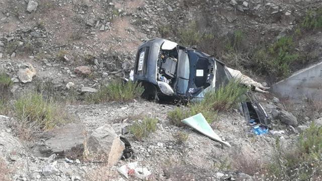 Mersin'de araç şarampole yuvarlandı: Anne öldü, 7 çocuk yaralandı