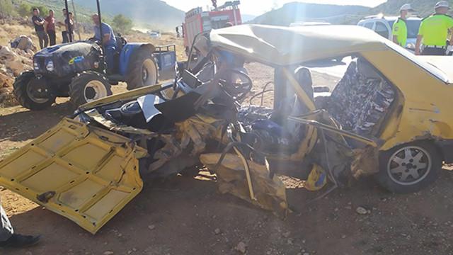Gaziantep'te 2 otomobil çarpıştı: 11 yaralı