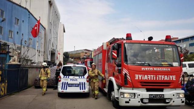 Şişli'de AVM'de yangın