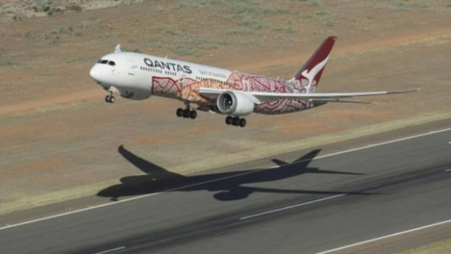 ''Hiçbir yere 7 saatlik uçuş'' biletleri 10 dakikada tükendi