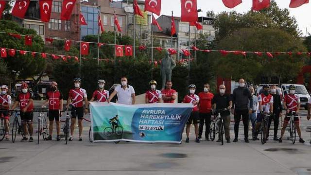 Bisiklet severler 'Avrupa hareketlilik haftası' için pedal çevirdi