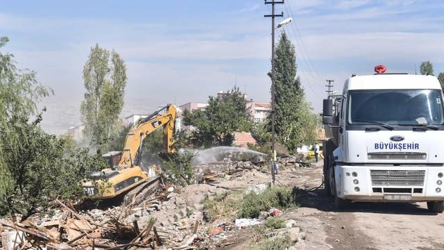 Başkent'te Büyükşehir'in atıkla mücadelesi devam ediyor