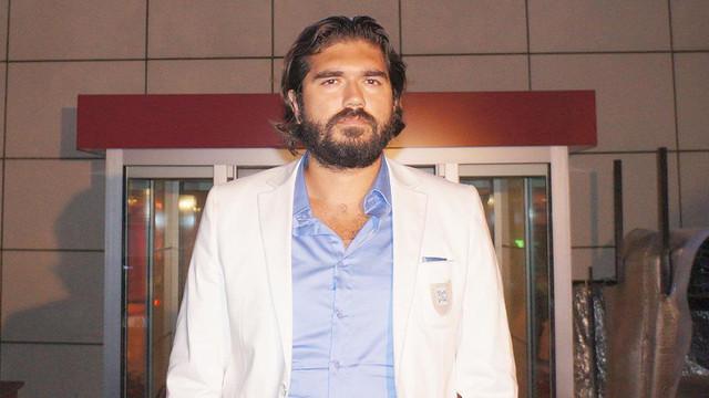 Rasim Ozan Kütahyalı ''FETÖ mikrobu'' iddialarına sessiz kaldı