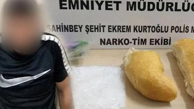 Ekmeğin arasında uyuşturucu bulundu!