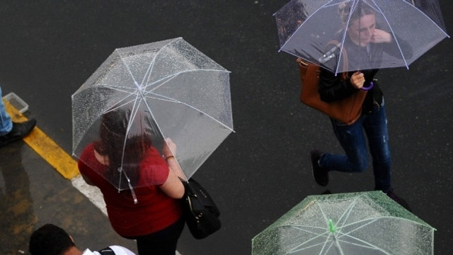 Meteoroloji uyardı, yağış ve hortum geliyor! Listede İstanbul da var!