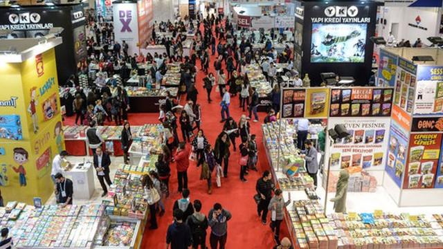 İstanbul Kitap Fuarı koronavirüs nedeniyle erteledi