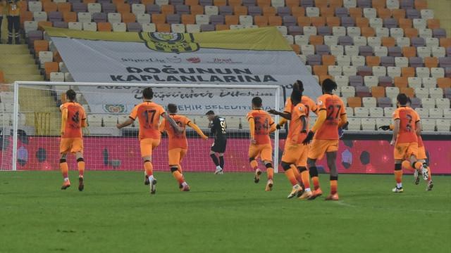 Galatasaray Malatyaspor'u penaltılarda geçti