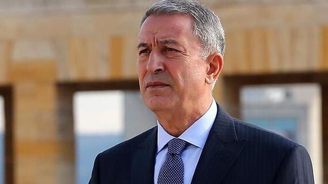 Bakan Akar, İngiltere Savunma Bakanı ile görüştü