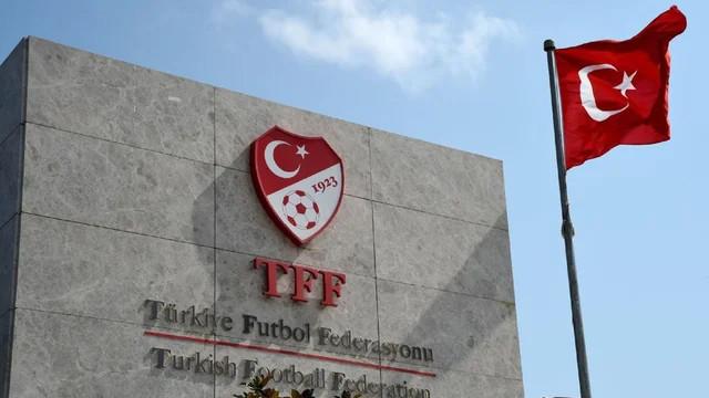 Fenerbahçe'ye büyük şok! PFDK'ya sevk edildi