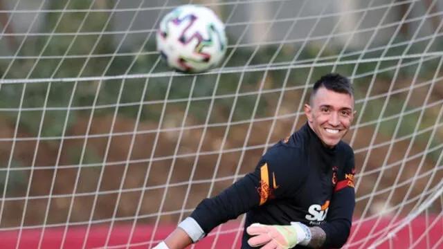 Galatasaray'da derbi öncesi Muslera sürprizi!