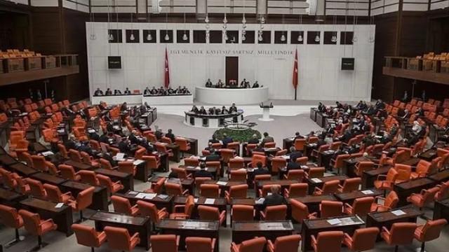 Aden Körfezi tezkeresi Meclis'te kabul edildi