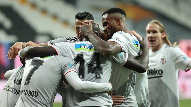 Beşiktaş'tan gol şov! Kartal 6 golle havalandı!