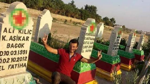 3 kişilik aileyi öldüren katil zanlısının terörist mezarlığında fotoğrafı çıktı