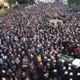 Saldırıda ölen başkanı yüzlerce kişi uğurladı
