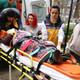 Minibüs ile otobüs çarpıştu: Ölü ve yaralılar var