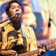 Ünlü şarkıcıdan ''Bir kadına aşık oldum'' itirafı
