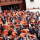 HDP'den ''vekiilliklerin düşürülmesi'' olayına tepki