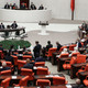''AK Parti'nin terörle ilişkisi yüzde yüzdür'' dedi ortalık karıştı