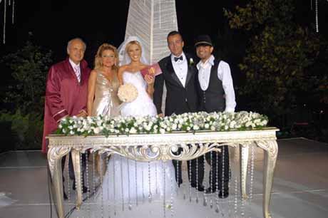 Ece Erken ve Tuncer Öztarhan evlendi