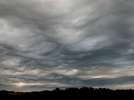 Korkutan bulutlar