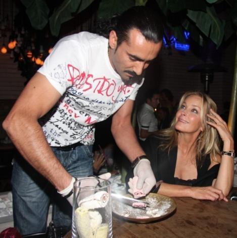 Bo Derek İstanbul partilerinde