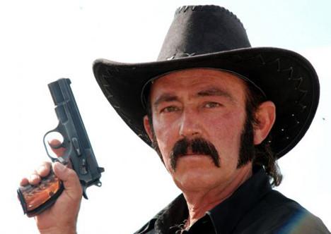 Muhtar şerif olunca !