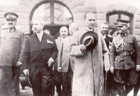 Fotoğraflarla Cumhuriyet