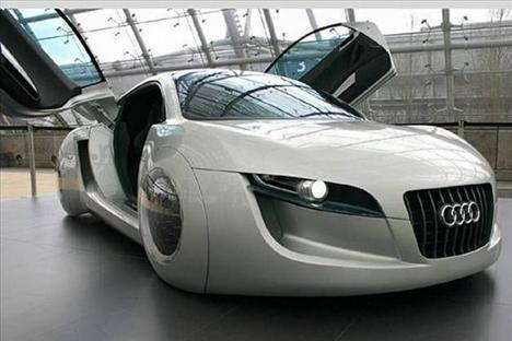 2010un uçuk otomobilleri