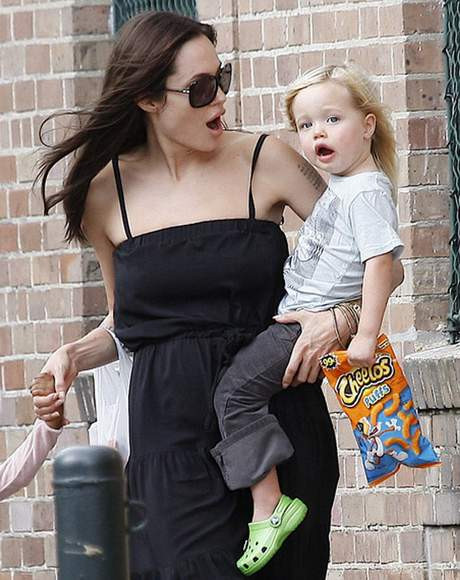 İşte Angelina ın kızı Shiloh
