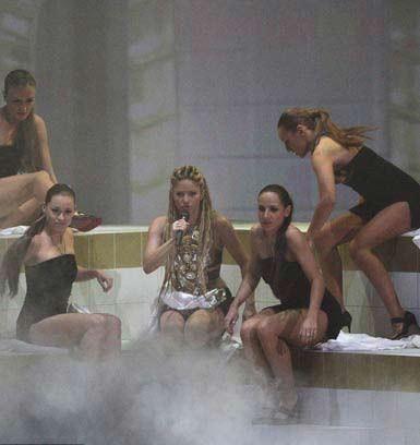 MTV Avrupa Müzik Ödülleri dağıtıldı