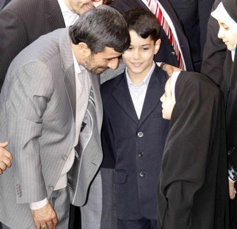 Ahmedinejad İstanbula geldi