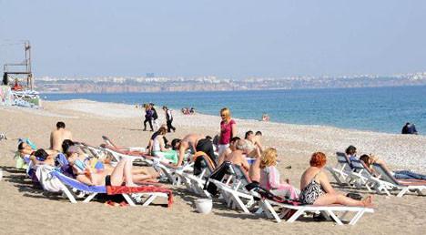 Antalyaya yaz geri geldi