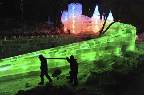 Buz ve Heykel Festivali büyülüyor