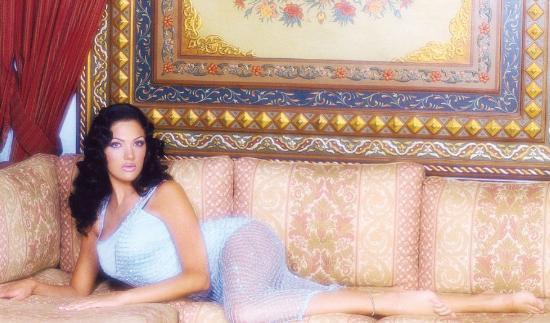 Aline Skaf, Kaddafi in model gelini