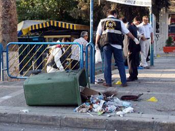 İzmirde 2 ayrı patlama