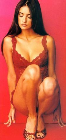 Penelope Cruz tatilde