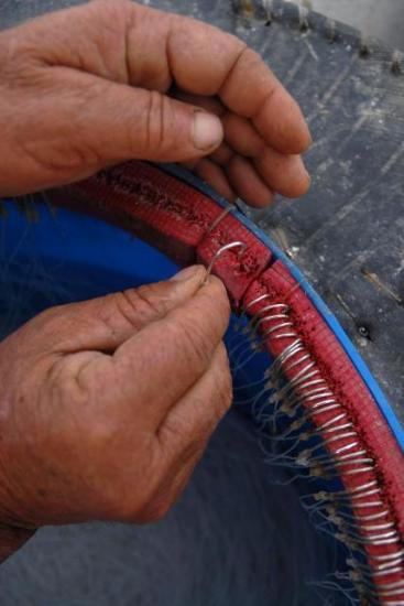 Balıkçıların zorlu mücadelesi