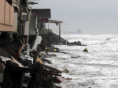 Karadeniz tsunami gibi !