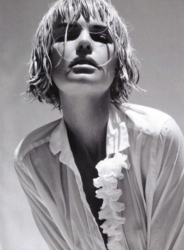 Kate Bosworth objektiflere poz verdi