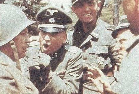 Nazi askerlerinin komik kareleri