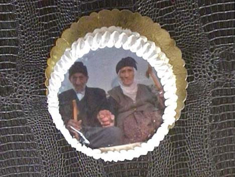 91 yıllık aşka pastalı kutlama