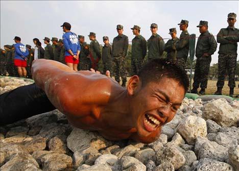 Askerleri böyle eğitiyorlar