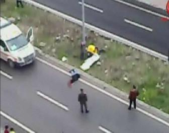 Cadde ortasında öldürüp, intihar etti
