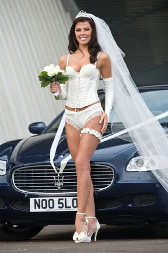 Gelinlikte 2011 modası