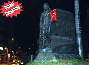 Türkiye protesto için sokağa döküldü