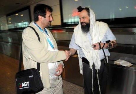 Havalimanında Yahudi ayini