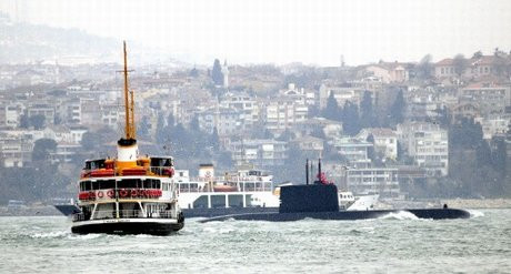 Boğazda yeni denizaltı